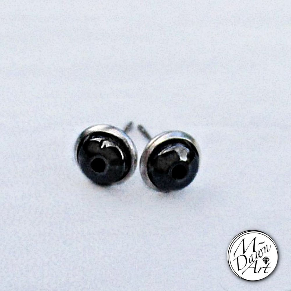 a4905412a Mens Hollow Point Hematite Stainless Steel 8mm Stud Earrings - Raw Gemstone  Stud Earrings for Guys - Men's Stone Studs