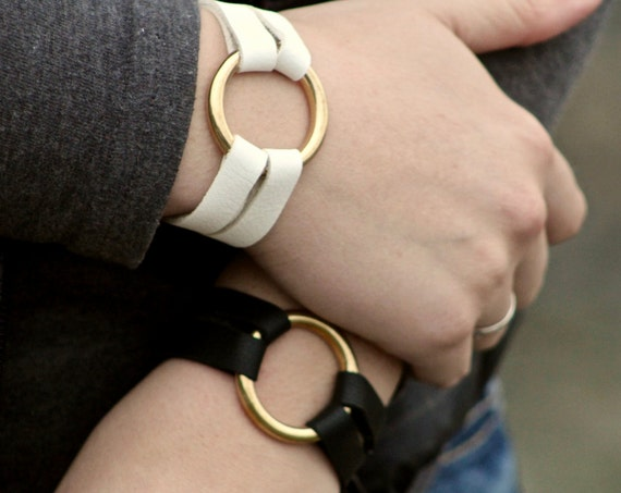The Petite Essential Leather and Brass Bracelet - Black and White