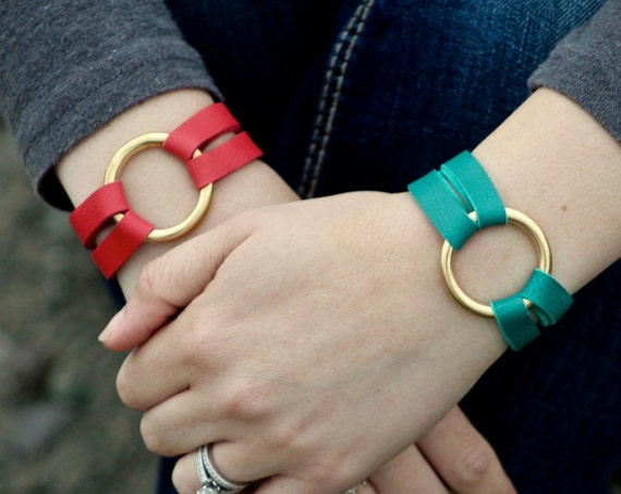 The Petite Essential Leather and Brass Bracelet - Red and Teal