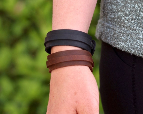 Simple Leather Bracelet - Brown or Black