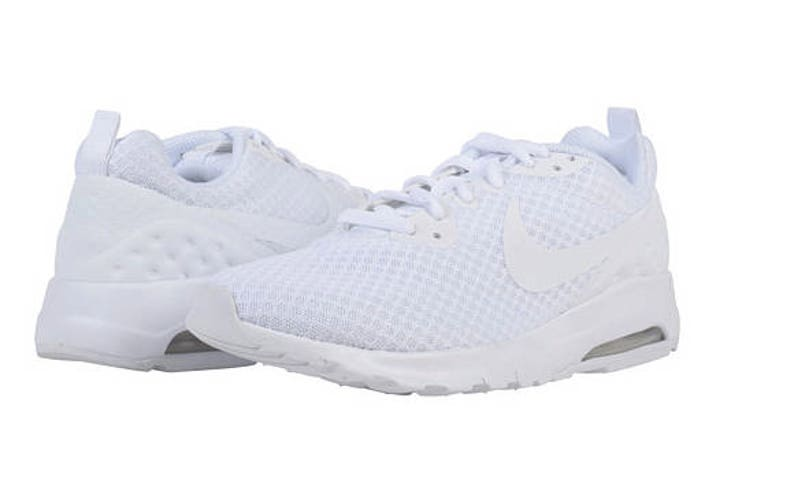 79bccf468e Nike Air Max Motion Lightweight LW with SWAROVSKI® Xirius