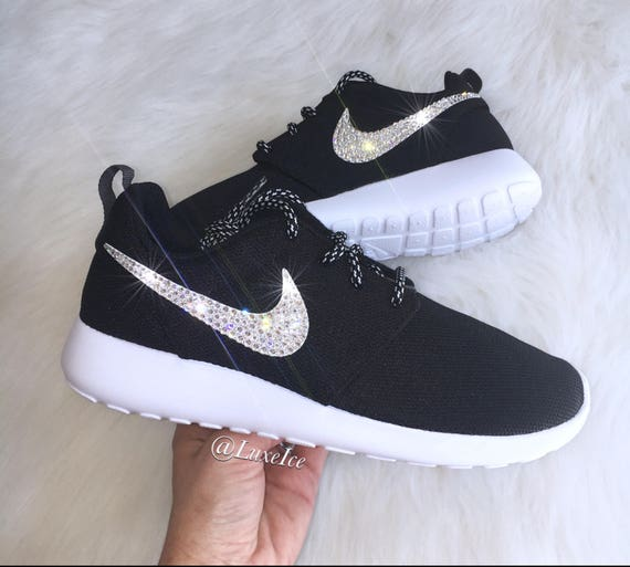 with White Nike Run Rose SWAROVSKI® Roshe Crystals Black Cut Platinum Metallic Xirius CwrYtrqx