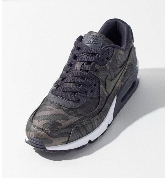 67207cfffbd0 Swarovski Nike Air Max 90 Camo Sneaker Casual Shoes customized