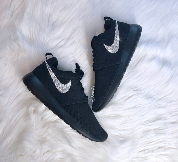Nike Shoes | W Nike Roshe One Shoe | Color: Black | Size