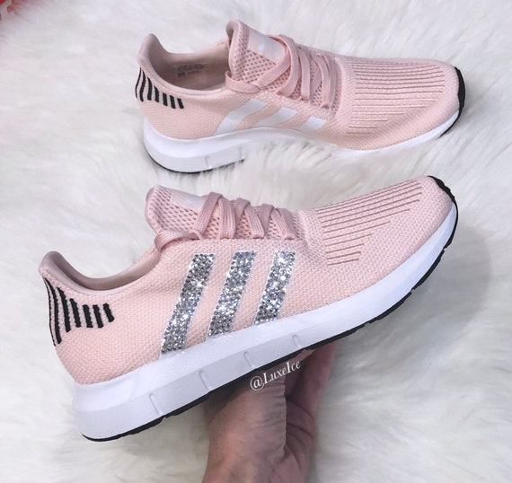 Adidas Swift Run - rose/blanc/Core cristaux noir - avec des cristaux rose/blanc/Core SWAROVSKI® Xirius Rose-Cut. 5dd9ee
