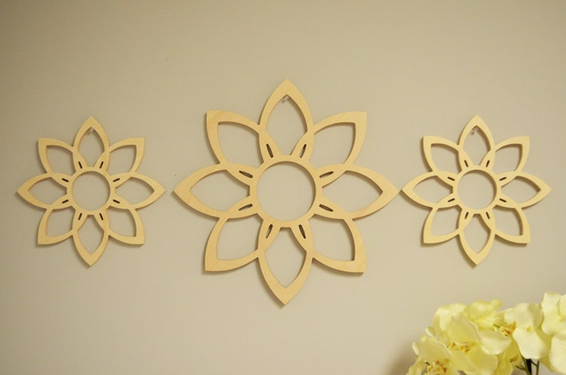 Wooden Flower Wall Decor Wall Art Wall Hanging Bedroom Guest Room Decor Large Wood Sign Flower Wood Shape Set Of 3