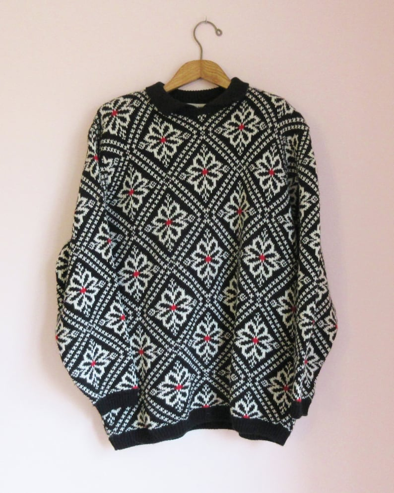 Vintage 90s Daisy Tile-Pattern Collared Oversize Sweater Size XL