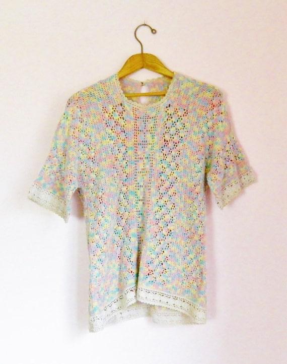 Vintage 70s Pastel Rainbow Crochet & Lace Top - Si