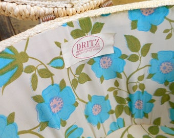 Dritz Sewing Basket, Vintage Woven Round Sewing Basket, Satin Top Turquoise Flowers, Seamstress Gift