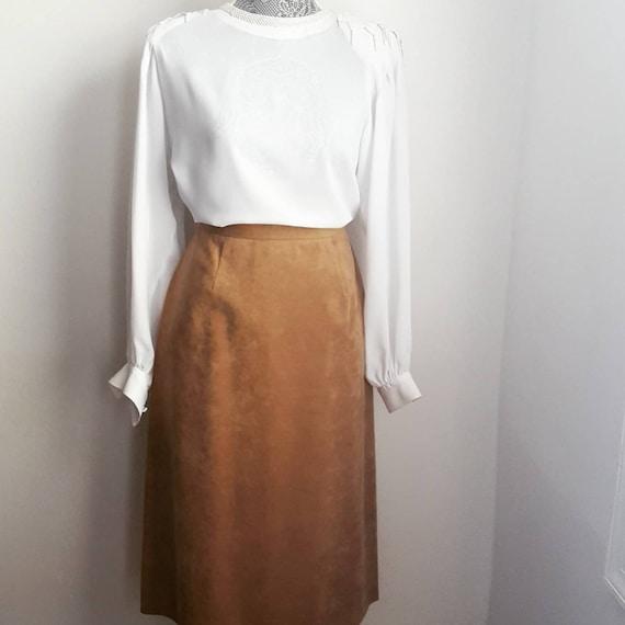 Retro ultra suede midi skirt. 70s vintage pencil s