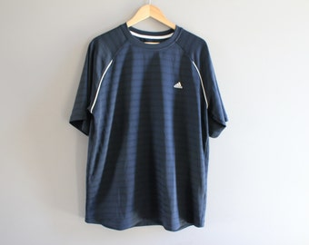 f46f681f3c Adidas T-shirt Adidas Black Tee Pullover Short Sleeves Activewear Oversize  Loose-fit Vintage 90s Size XL  T114A