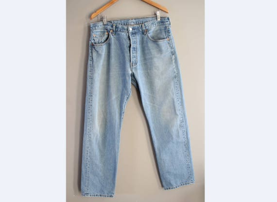 Waist 36 Made in Canada Levis 501 Jeans Levis  Vin