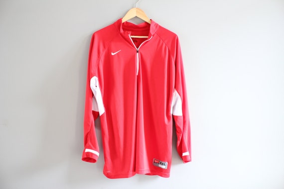 06a21090bb Nike T-shirt Transway Baskeball Nike Sweatshirt Red Oversized