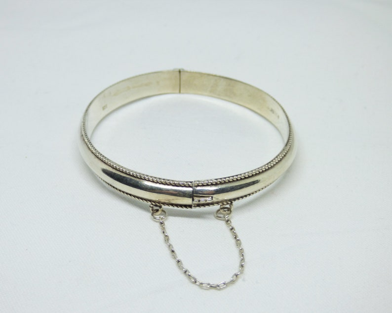 Vintage 1990s Solid Silver Hinged Bangle Rope Twist Decoration London Silver Importer Marks VN In A Triangle Nice Quality
