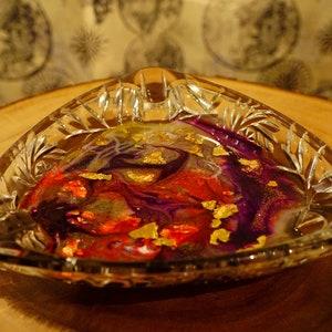 Epoxy Resin Art in Starburst Cut Glass Dish Jewelry Tray Red Purple /& Gold Leaf