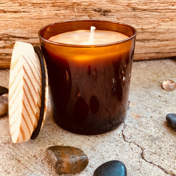 Pure organic beeswax candle in an amber glass jar topped with a wooden lid-100% Pure Beeswax aromatherapy candles-beeswax candles