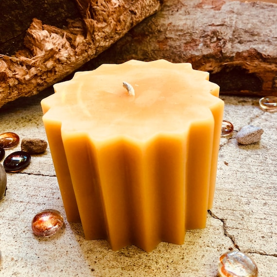 100% Pure Beeswax Pillar Candle-3x3inch Beeswax Pillar Candle-Pure Organic Beeswax Candlex-16 point star shaped pure beeswax pillar candle