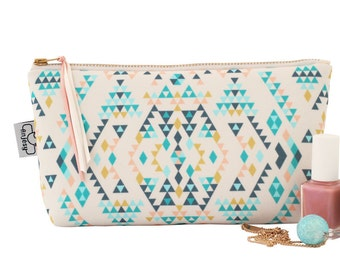Ethnic makeup bag with an original ANJESY design