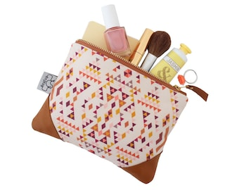 Ethnic leather zipper pouch with an original ANJESY design