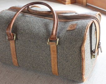 HARTMANN Luggage Carry On Vintage TWEED LEATHER Travel Case Overnight Duffle  Bag 2b29fea933f85