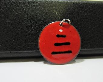 Pendant enamel red black zen meditation zen round 1-inch (25mm). Zen006