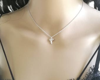 Shark Tooth Necklace, Silver Shark Tooth Necklace, Shark Necklace, Layering Necklace, Protection Necklace, Charm Necklace, Dainty Necklace