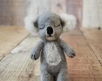 Koala bear set, newborn koala prop, felted bear set, felted layer, felted bear, newborn teddy bear, photography prop, bear