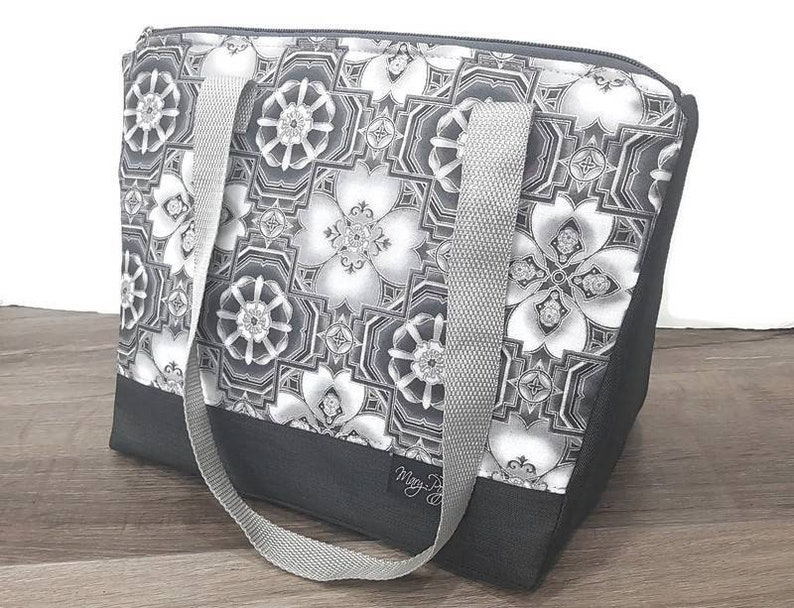 white flowers thermos insulated insulated gray For adult woman mandala Lunch bag A lunch box  lunch bag
