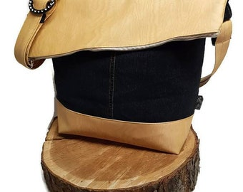 Bag shoulder bag in denim and vinyl imitation wood. Handbag / tote bag / tote bag. With zipper