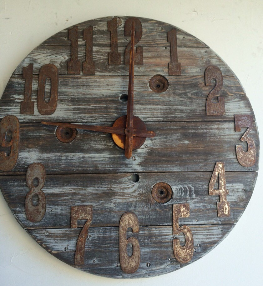28 32 Inch Wood Spool Clock Fully Customization Numbers And Color