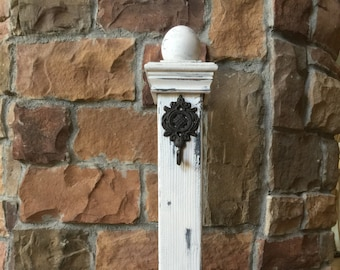 White Wreath Stand/Sign Stand