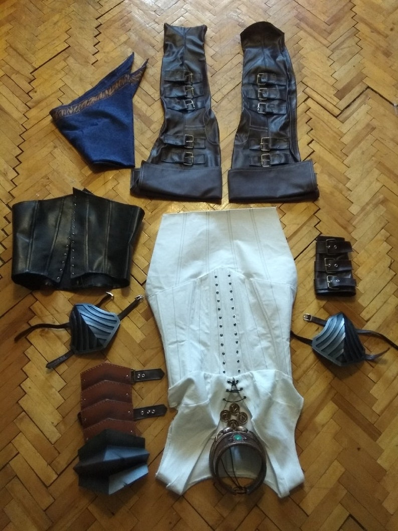 Isabela Dragon Age 2 cosplay costume