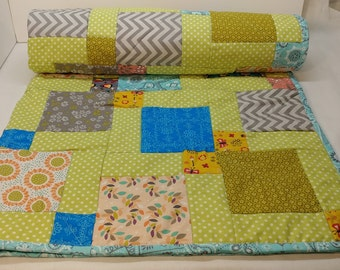 Handmade Baby Quilt, Baby Blanket, Quilt, Baby shower gift, Pretty Pastels, Traditional look to a Contemporary Block