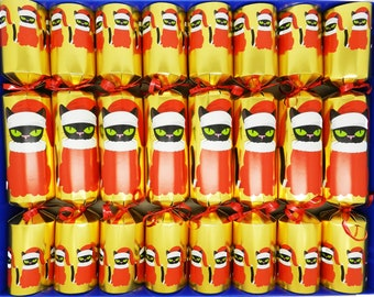 Set of 8 Fill Your Own Gold Christmas Crackers - Christmas Cat Design