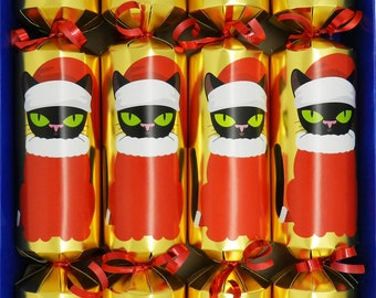 Set of 4 Clockwork Christmas Crackers in Gold with Christmas Cats -  Snowman, Penguin, Santa and Reindeer Racers