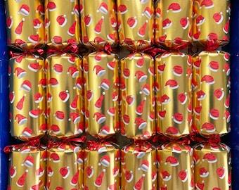 Set of 6 Santa Hats Pamper Crackers Christmas Crackers - Bath Melts, Soaps and Bath Tea Bag