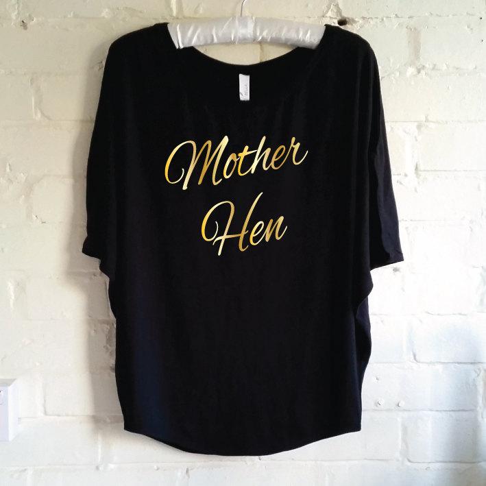 52a8e831 Mother Hen Shirt. Pregnancy Announcement Shirt. Mum To Be T-Shirt ...