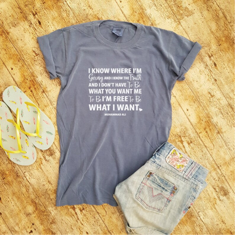 d390848679ee1 Ich bin frei. Muhammad Ali Zitat. Muhammad Ali Shirt. Zitat | Etsy