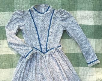 Vintage Handmade Floral Prairie Dress   xs   small