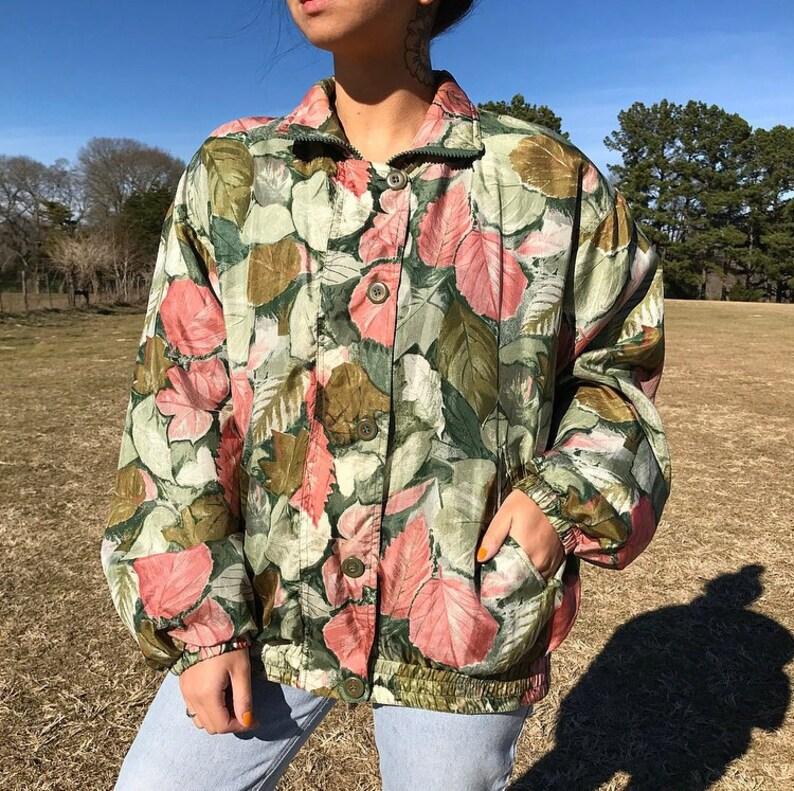 7c60321271b Vintage Floral Silk Bomber Jacket Windbreaker small medium   Etsy