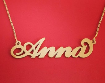 Carrie Necklace 14k Solid Gold Carrie Nameplate Carrie Bradshaw Necklace Carrie Name Necklace Name Gold Namenecklace Stylish Gift For Women