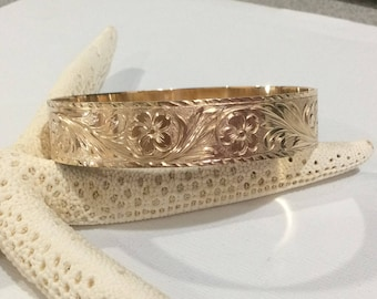 14 karat Hawaiian bangle, Pualani design, 15mm wide