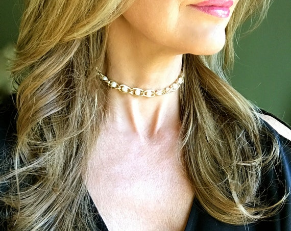 Pearl Choker Gold Choker Holiday Necklace Bridal Jewelry Bridesmaid Choker Gift for Her New Year Pretty Pearl Jewelry Gold Choker Necklace