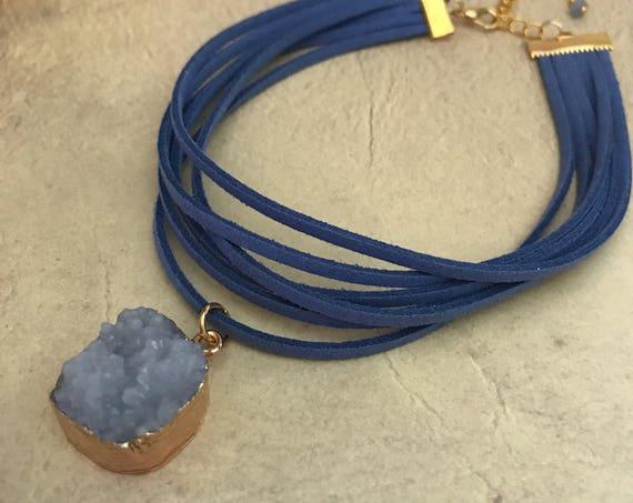 Leather Druzy Pendant Druzy Choker Necklace Vegan Suede Blue Gold Druzy Earrings Set Natural Stone Gemstone Quartz Geode Gift Quartz Stone