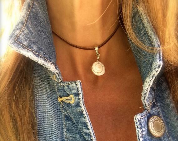 Shell Choker Necklace Leather Boho Vegan Suede VSCO Gypsy Festival Silver Beach Necklace Gift for Her Spring Break Bikini Jewelry