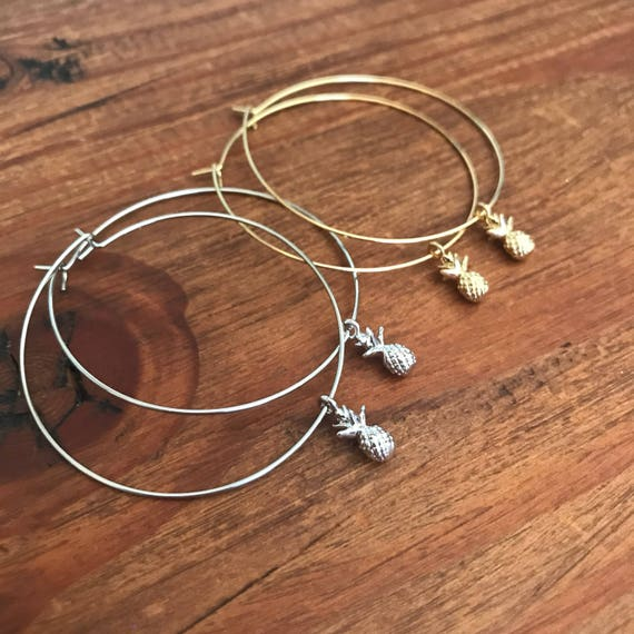Mothers Day Gift Hoop Earrings Thin Silver Gold Hoop Earring Starfish Pineapple Shell Charm Boho Beach Pierced Earring Bridesmaids Jewelry