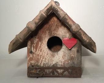 Cutout Heart Birdhouse // Indoor / Outdoor / Decor / Garden / Unique Planter / Housewarming / Gift Idea / Bird Lover / Heart / Shabby Chic//