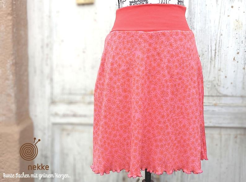 made of certified organic fabrics handmade in Lusatia,comfortable and practical Organic skirt in soft jaquard pusteblume pink