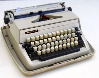 Adler Gabrielle 25 Vintage Typewriter 1970s