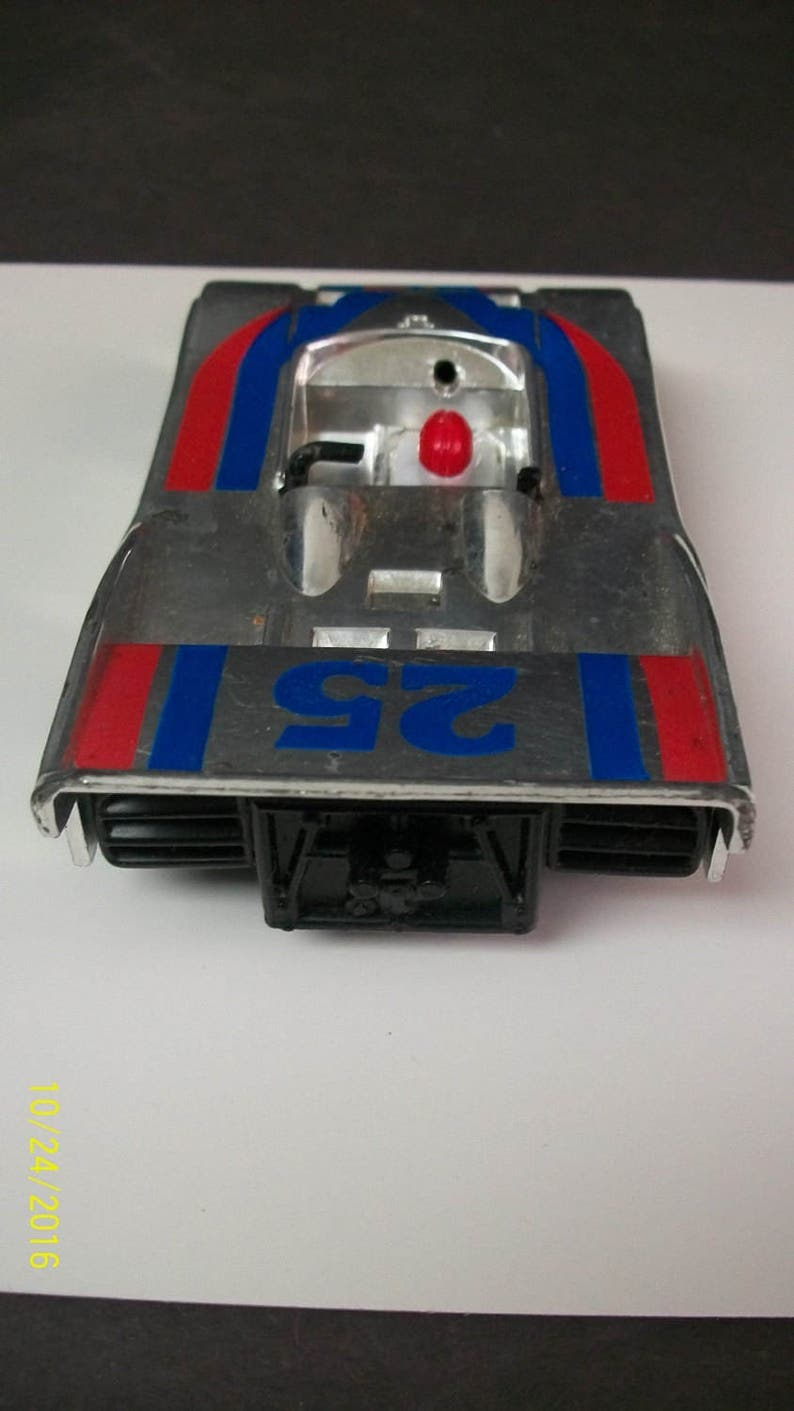 1046 Works 5 Long Red /& Blue Plastic Friction Racer Made in China No ZEE Can Am Racer  #25 Silverr